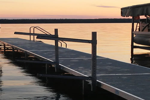 Dock for wall Banner
